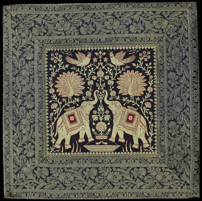 kissenbezug mit elefanten 5. Black Bedroom Furniture Sets. Home Design Ideas